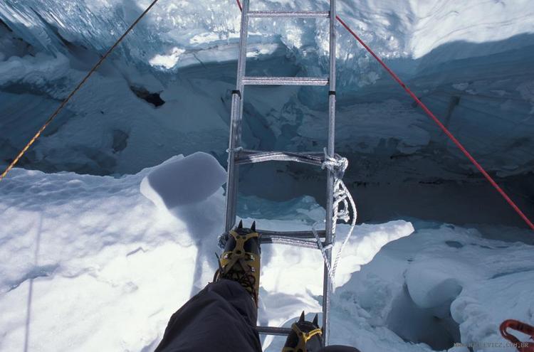 Cruzamento das gretas na Cascata de Gelo - entrevista com Waldemar Niclevicz