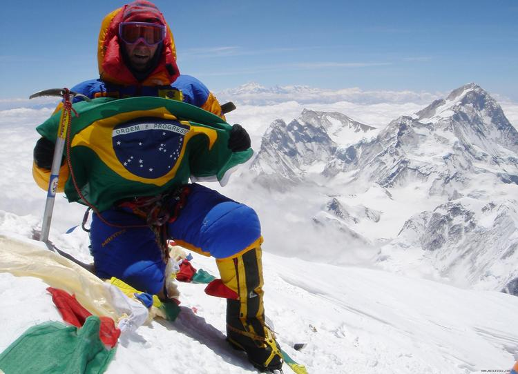 Waldemar Niclevicz no cume do Everest - entrevista