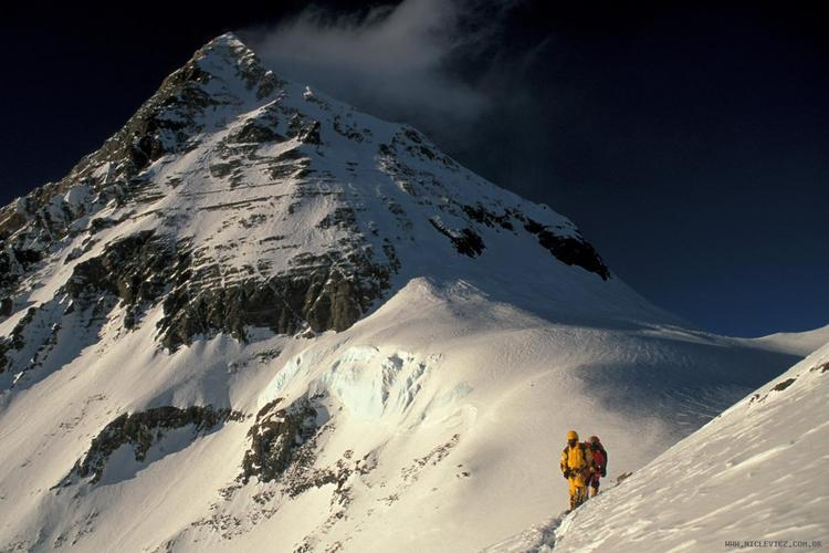 Escalada do monte Everest - cume