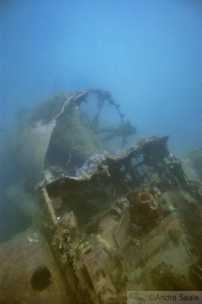 História de Palau - naufrágio de avião Zero