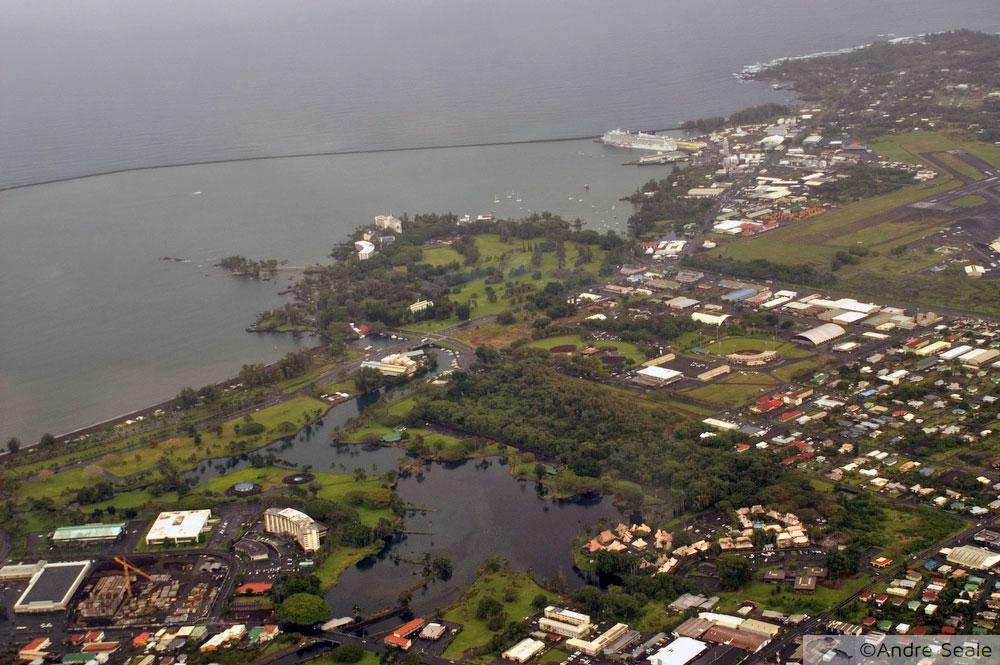 Visita a Hilo - vista aérea do quebra-mar - Roteiro Big Island