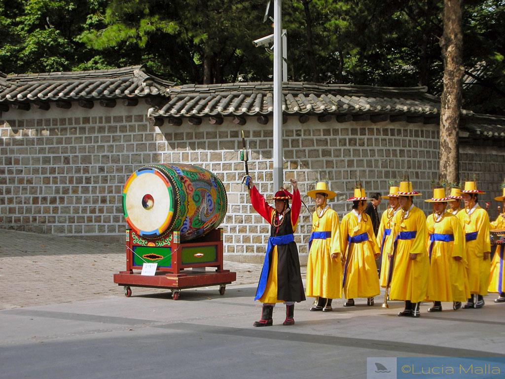 Roteiro - Tambor coreano - Troca da guarda real - Palácio de Deoksugung - Seul - Coréia do Sul