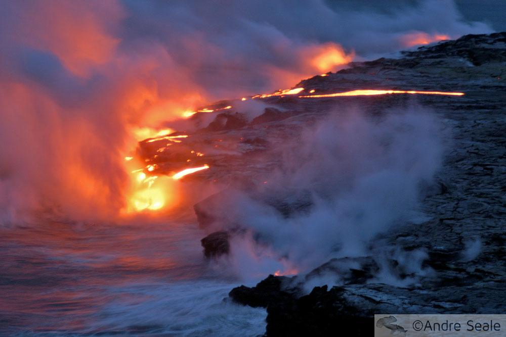 Kilauea em forma - lava no mar
