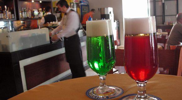 Domingo à tarde, num bar em Minas…
