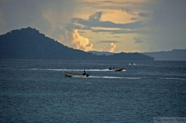 Barcos no Truk Lagoon - Chuuk