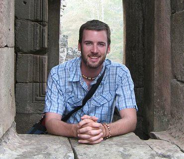 """Entrevista: o """"bravo novo viajante"""" Ian MacKenzie"""