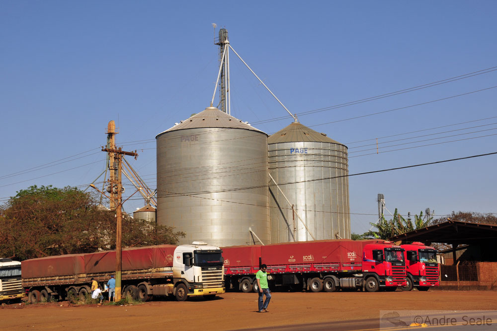 De São Paulo a Bonito - silo em Maracaju