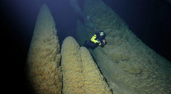 Sexta Sub: os Cones submersos do Abismo Anhumas
