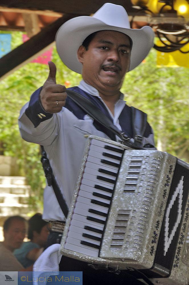 Músico mexicano - Cancún