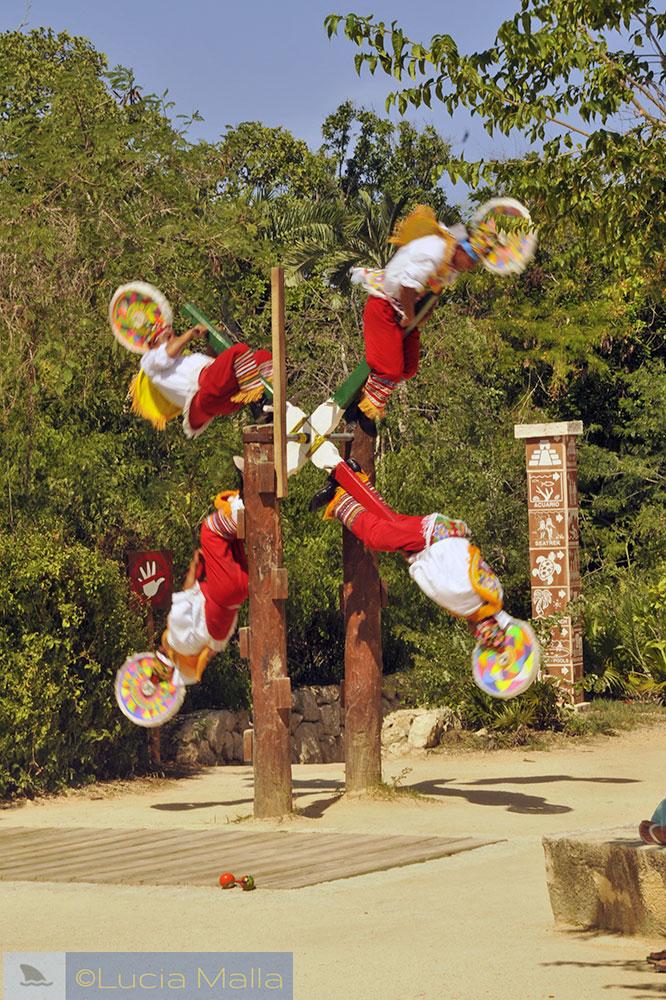Voladores de Paplanta - Cancún - México
