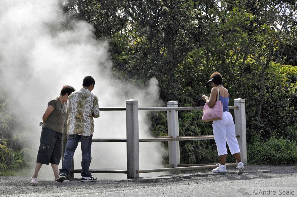 Fumaça do vulcão ativo - visita ao Kilauea