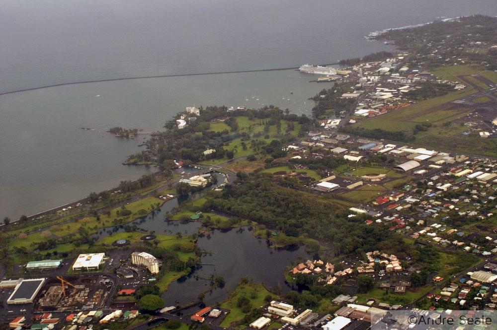 Barreira do mar contra tsunami em Hilo - Havaí