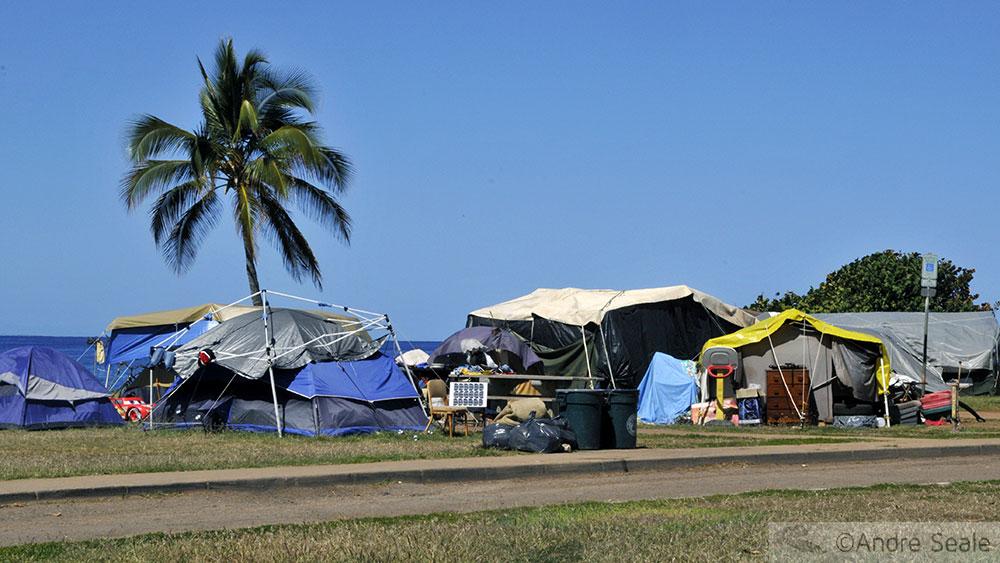 Acampamento de sem-teto - Havaí