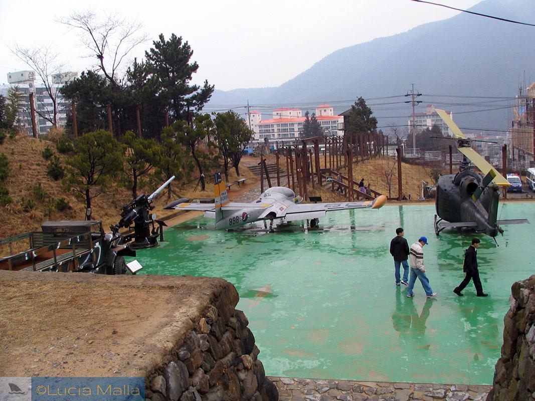 Aviões - Campo de Prisioneiros de Guerra de Geoje - Coréia do Sul