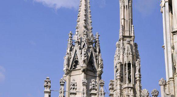 No telhado do Duomo de Milão