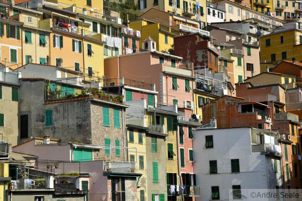Roteiro de um dia no Cinque Terre - Riomaggiore - Itália