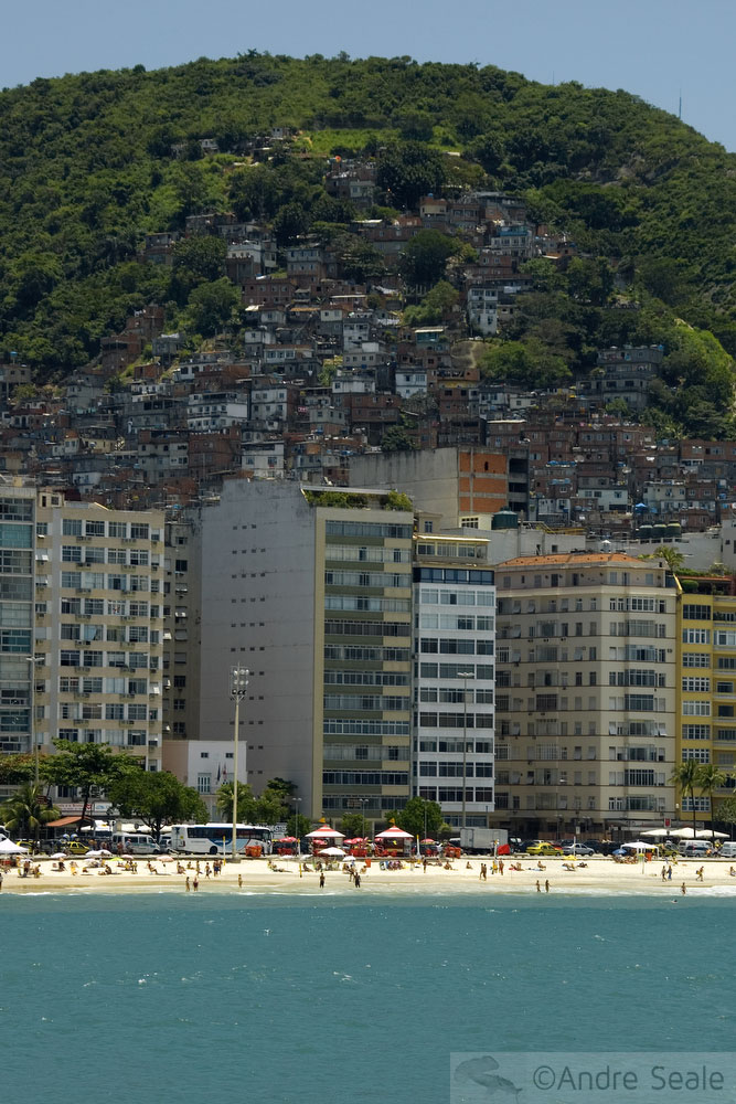 Copacabana e favela do Pavão