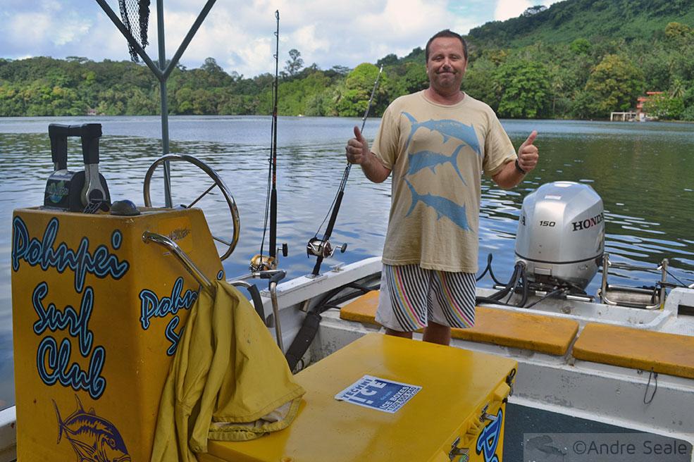 Allois - Pohnpei Surf Club - Micronésia