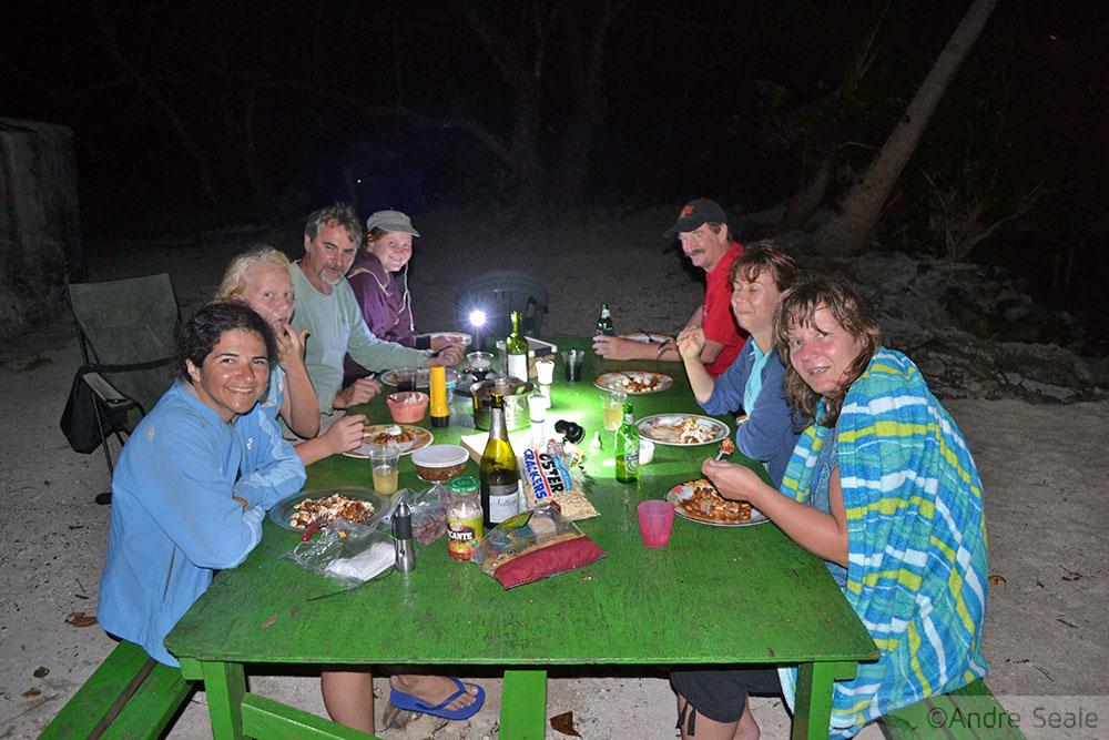 Jantar no acampamento