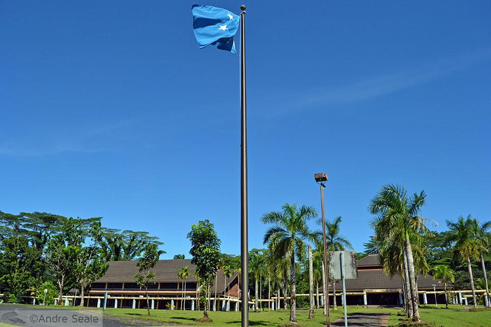 Bandeira dos Estados Federados da Micronésia em Palikir