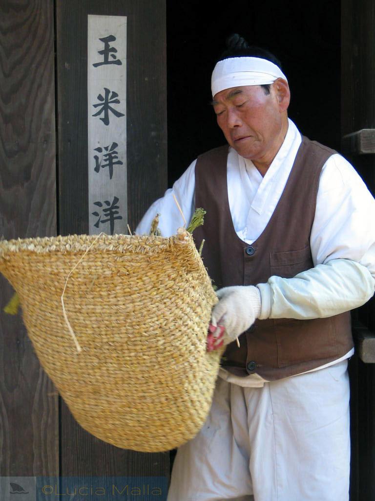 Coreano em traje típico - vida cotidiana tradicional - Passeio pelo Korean Folk Village - Coréia do Sul