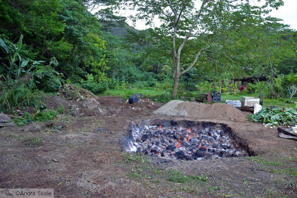Luau no Havaí - luau com imu - cmo fazer um imu