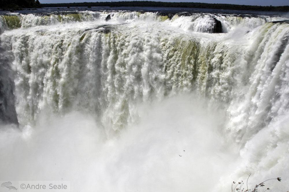 Garganta do Diabo - Cataratas do Iguaçu - Novas Maravilhas do mundo