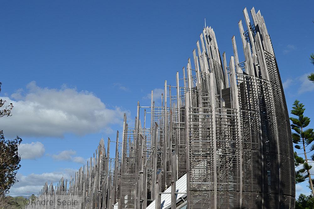 Centro Cultural Jean Marie Tjibaou - By Renzo Piano - Noumea - Nova Caledônia
