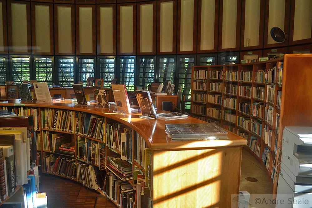 Centro Tjibaou - biblioteca - Noumea - Nova Caledônia
