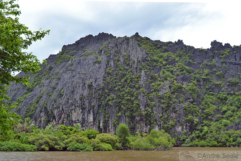 Linderalique - Nova Caledônia