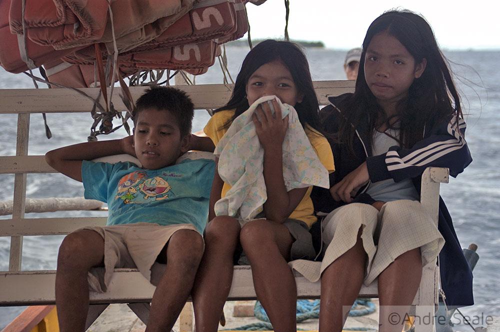 Todo amor às Filipinas - Crianças filipinas