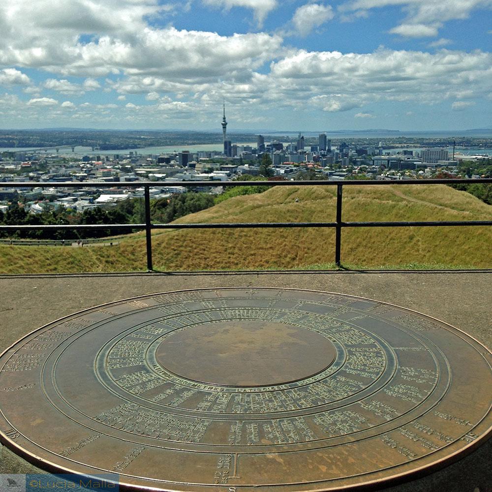Roteiro Nova Zelândia em 12 dias - Mount Eden em Auckland - Ilha Norte