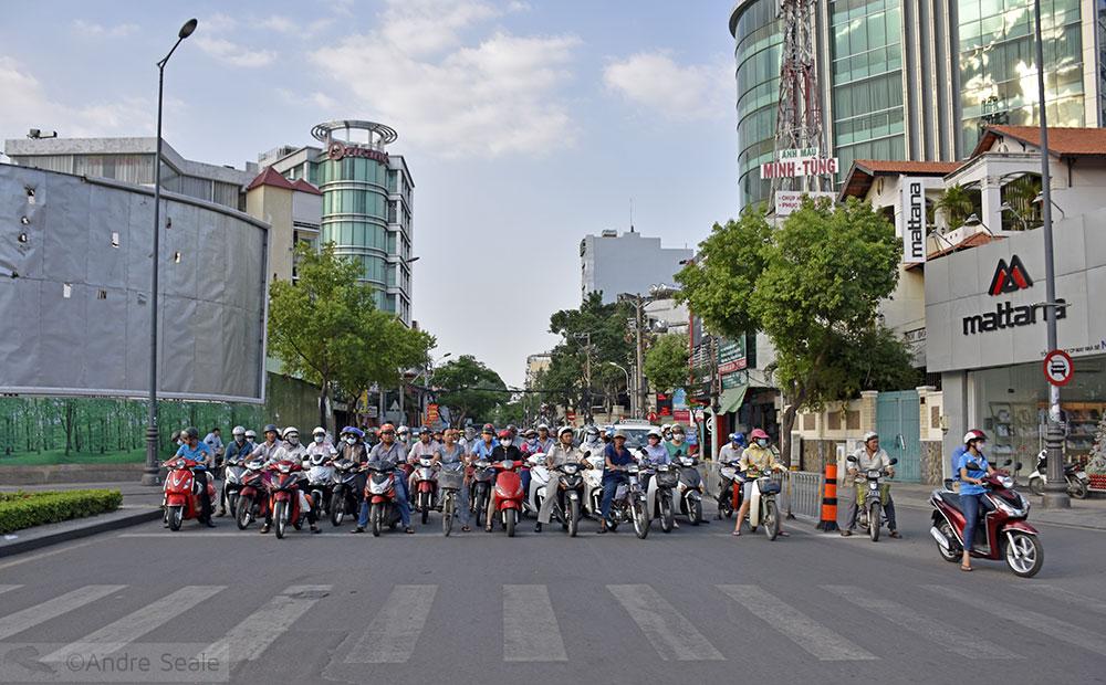 Vespas em Ho Chi Minh City - Vietnã