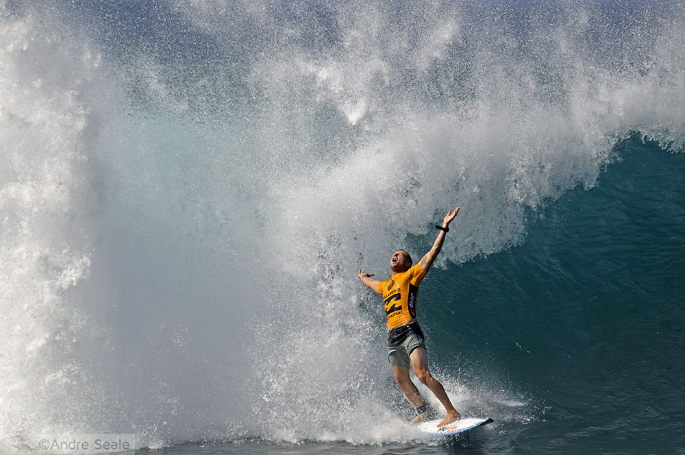 Guia da Malla do North Shore de Oahu - Mick Fanning em Pipeline