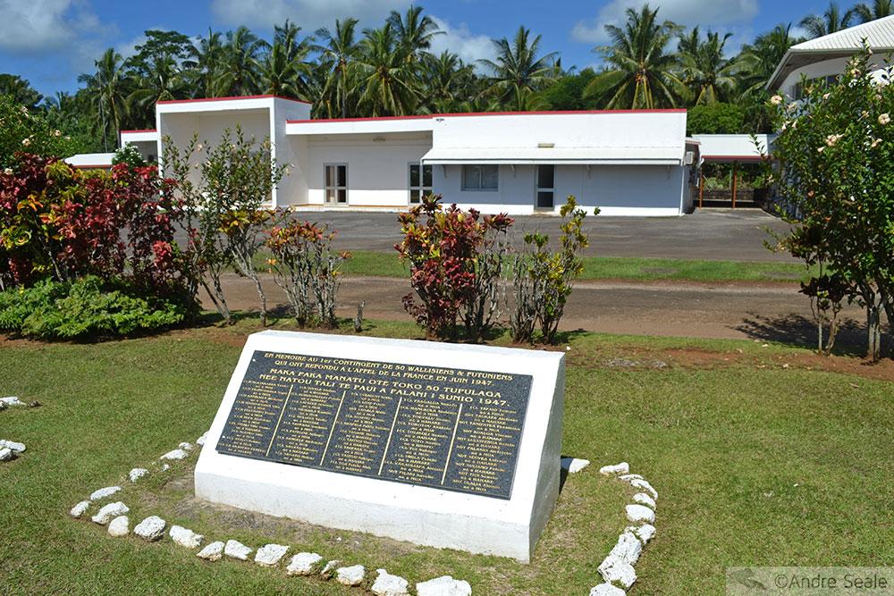 Placa comemorativa em Mata Utu