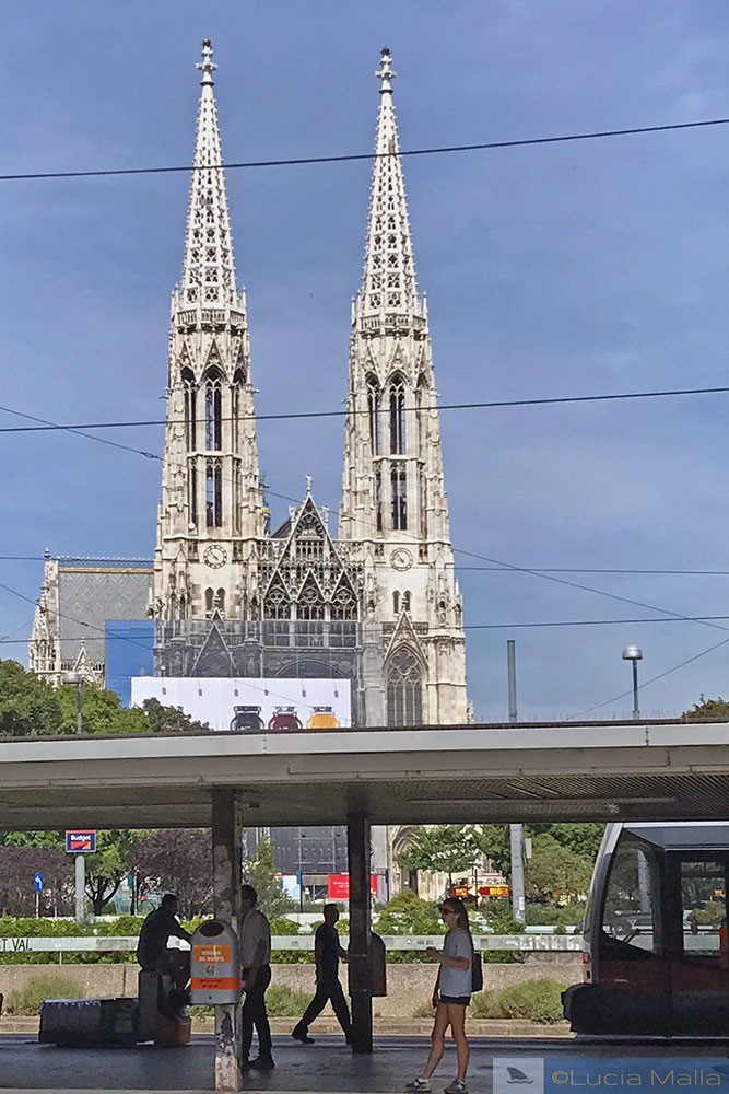Votivkirche - Viena - visto em Antes do Amanhecer