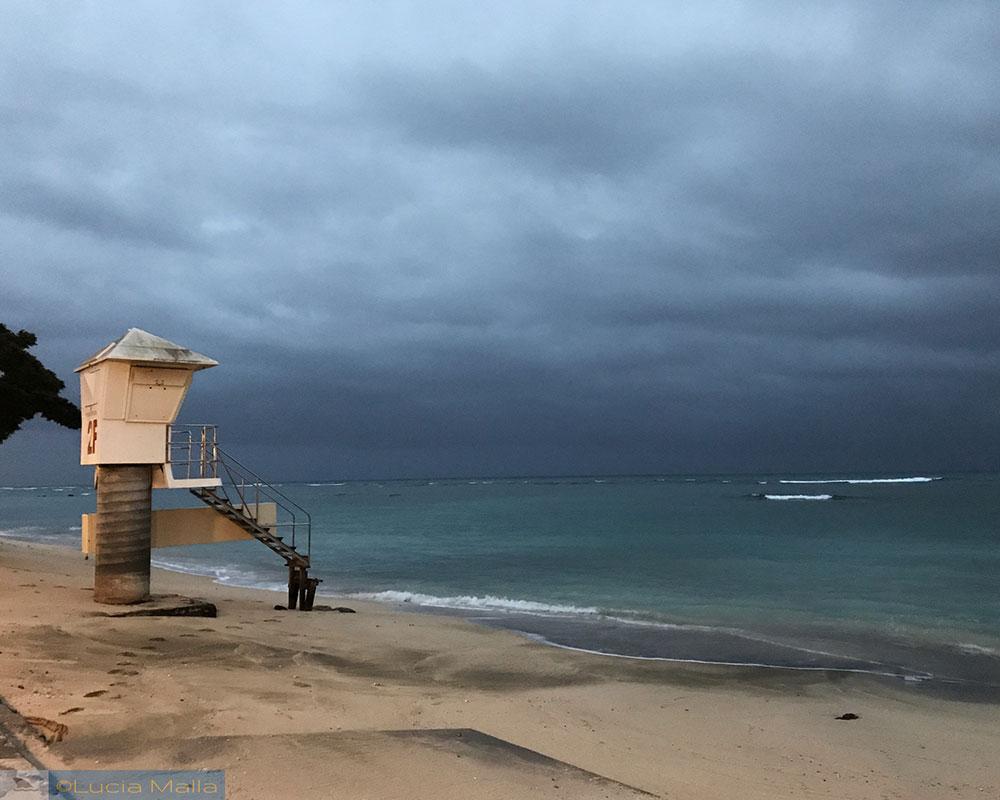 Waikiki com chuva - O que fazer num dia de chuva no Havaí - dicas