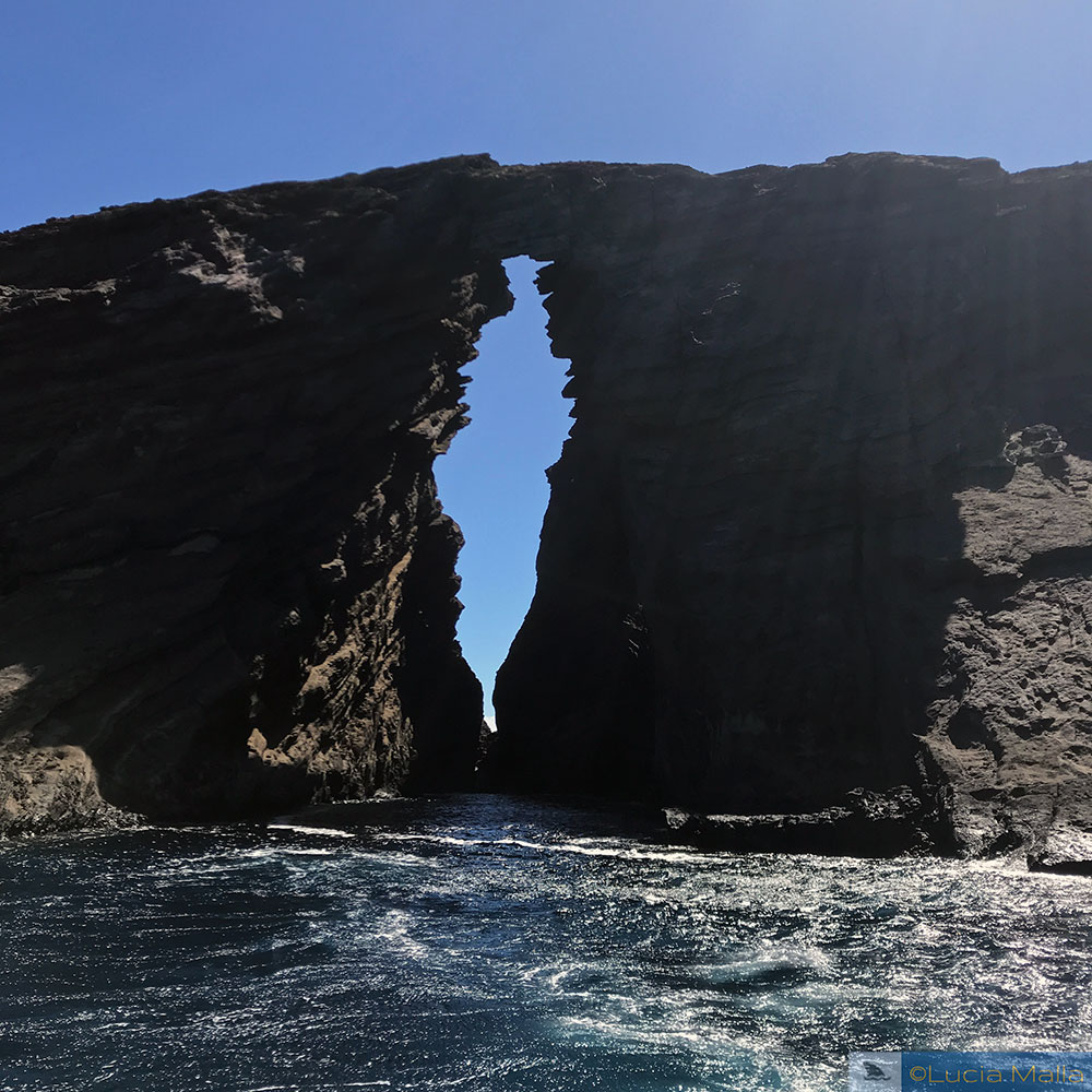 Lehua Island - Keyhole