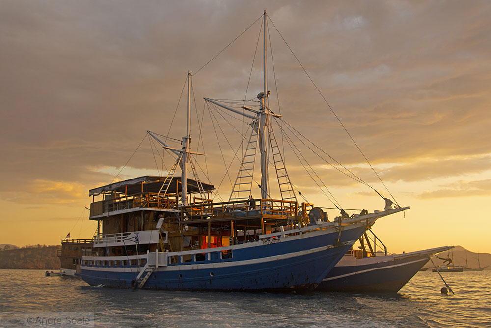 Onde ficar em Komodo - Liveaboard Ratu Pelangi