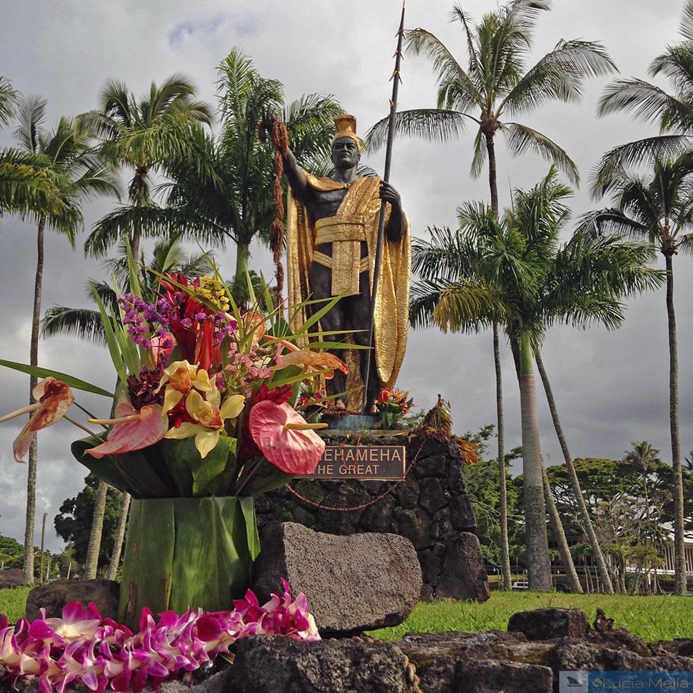 Estátuas do Kamehameha - Hilo - Havaí